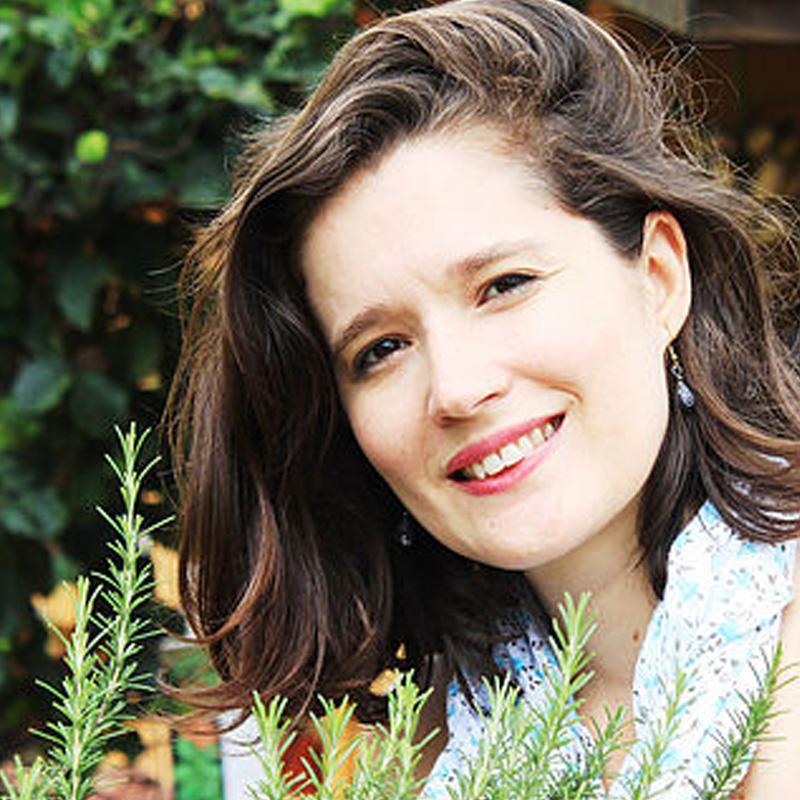 <b>Gabriela Pastro</b>